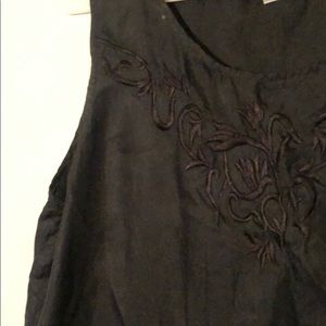 Tops - Vintage embroidered silk tank